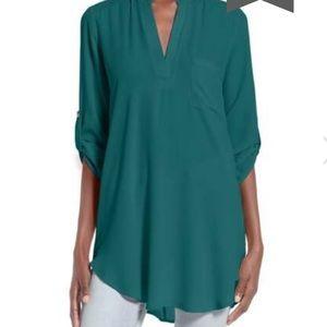 Lush blue tab sleeve blouse